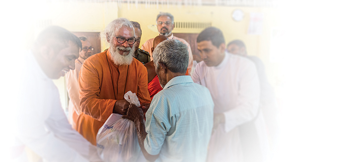 KP Yohannan visits monastery to provide flood relief supplies