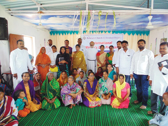 GFA-supported workers and local dignitaries cared for and honored impoverished widows, many of whom suffer from leprosy, by presenting them with income-producing gifts.
