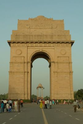 Delhi is famous for this national monument, the India Gate, built during the 1920s as a memorial to Indian soldiers.