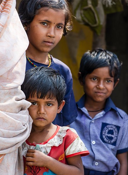 Many children are living in poverty.